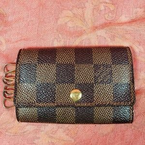 Authentic Louis Vuitton Damier Keyholder Wallet